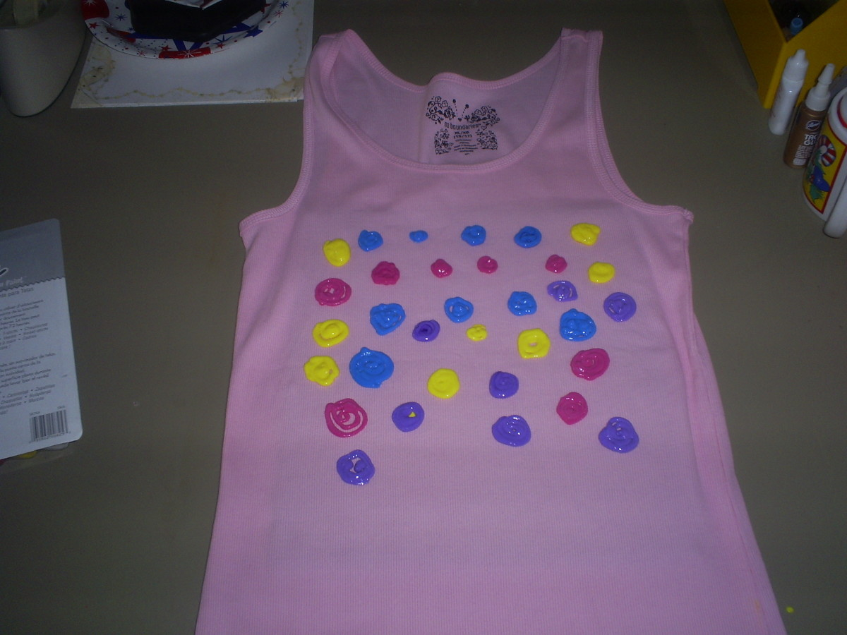 How to paint a shirt with impressionist puffy paint Puffy paint shirt designs