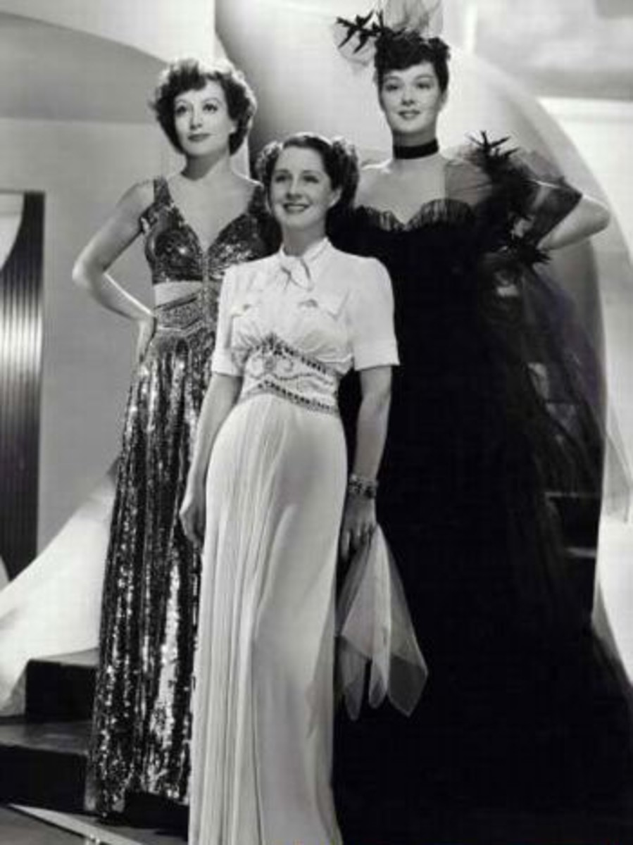 Joan, Norma Shearer and Rosalind Russell in 'The Women' 1939