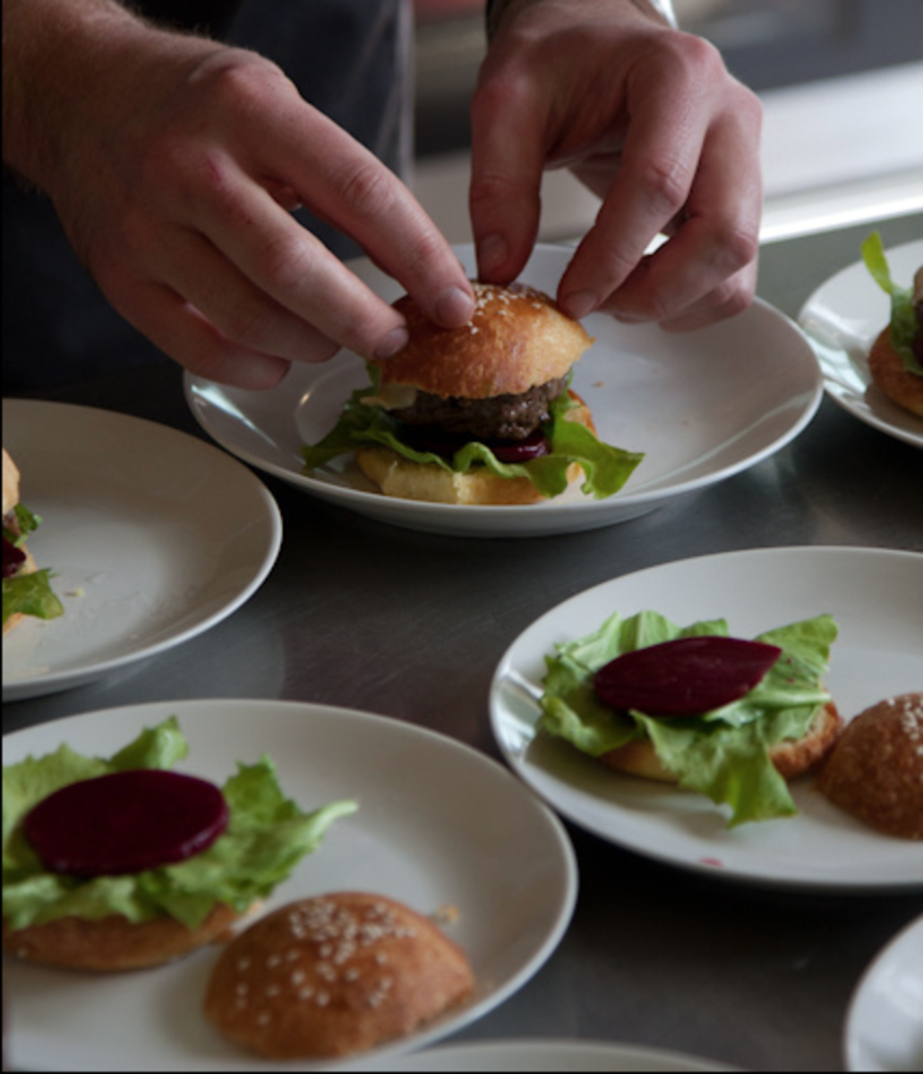 beetroot on hamburger