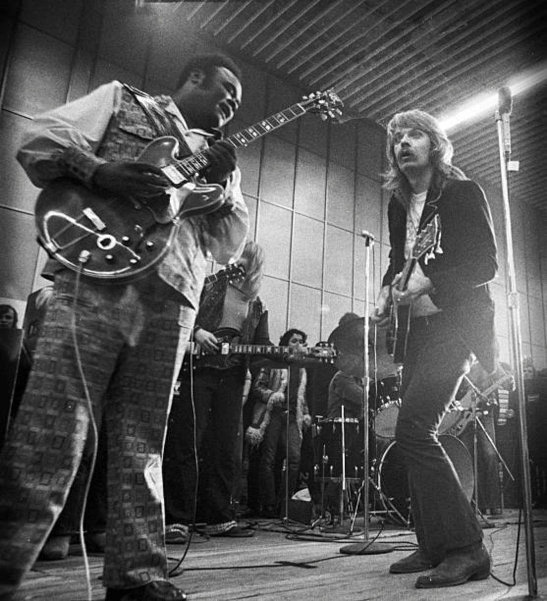 Freddie King (left) with Leon Russell