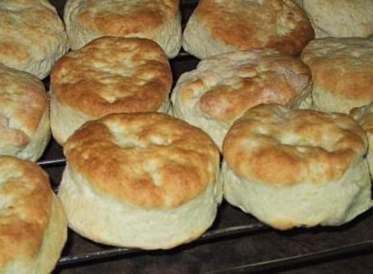 Below you will find a baking powder biscuit recipe that anyone should be able to follow along and produce these delicious biscuits.
