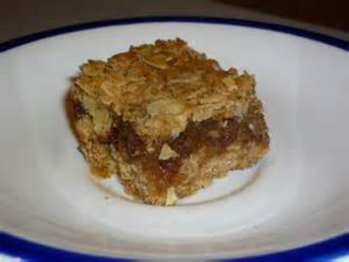Bear N Mom Recipes - Oatmeal Date or Fig Bars