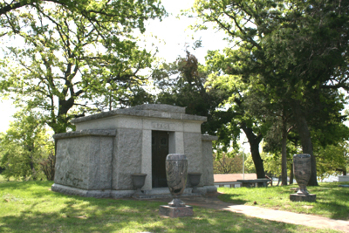 MAUSOLEUM FOR THE RICH