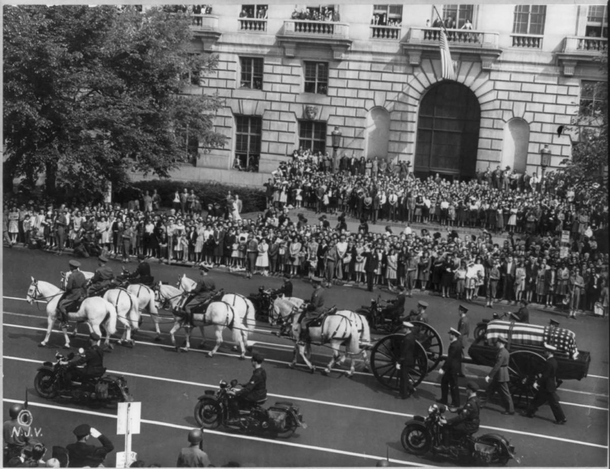 FUNERAL PROCESSION OF FRANKLIN DELANO ROOSEVELT