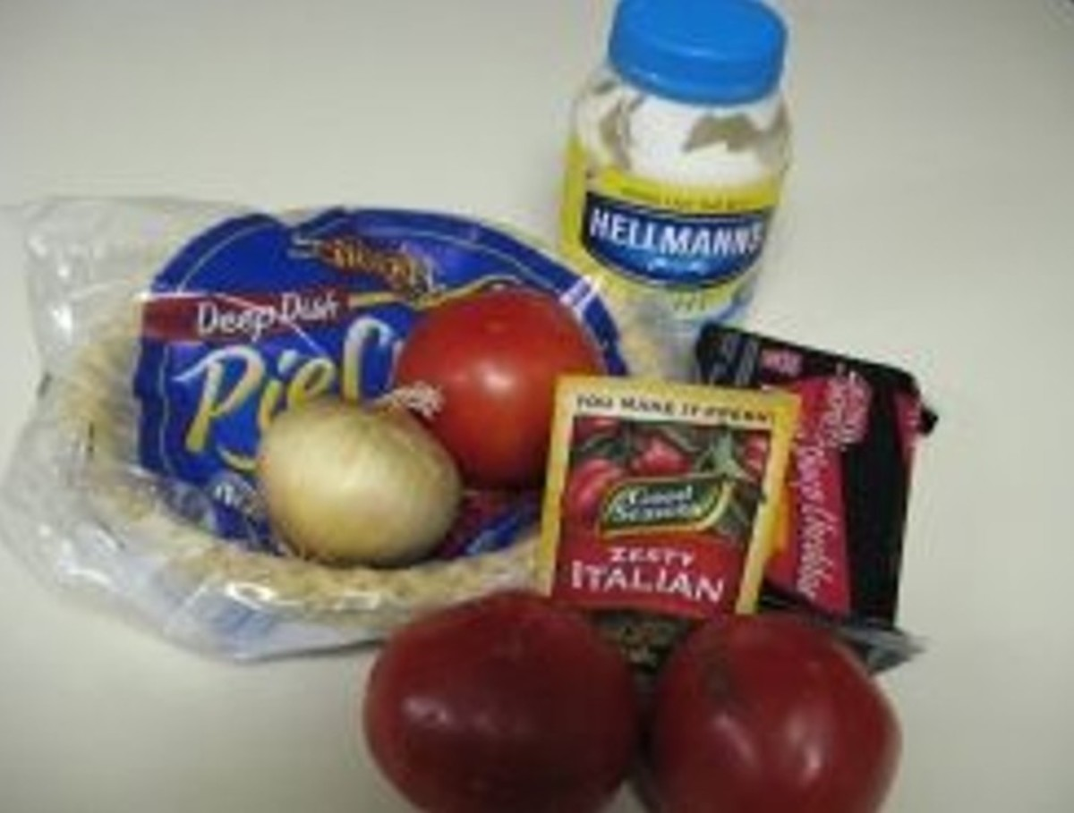 Ingredients for a delicious Tomato Pie