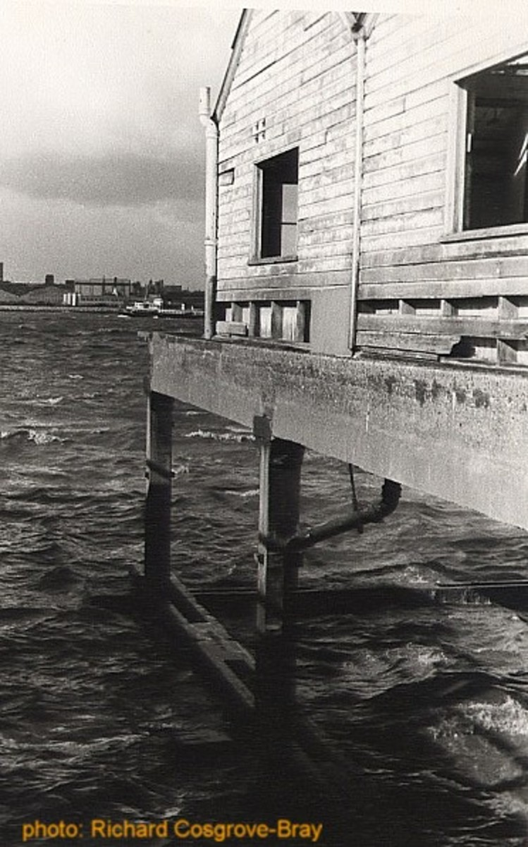 The old ferry terminal, circa 1985 - long since demolished.
