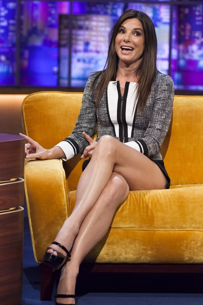 Sandra Bullock on a talk show discussing 'Gravity'