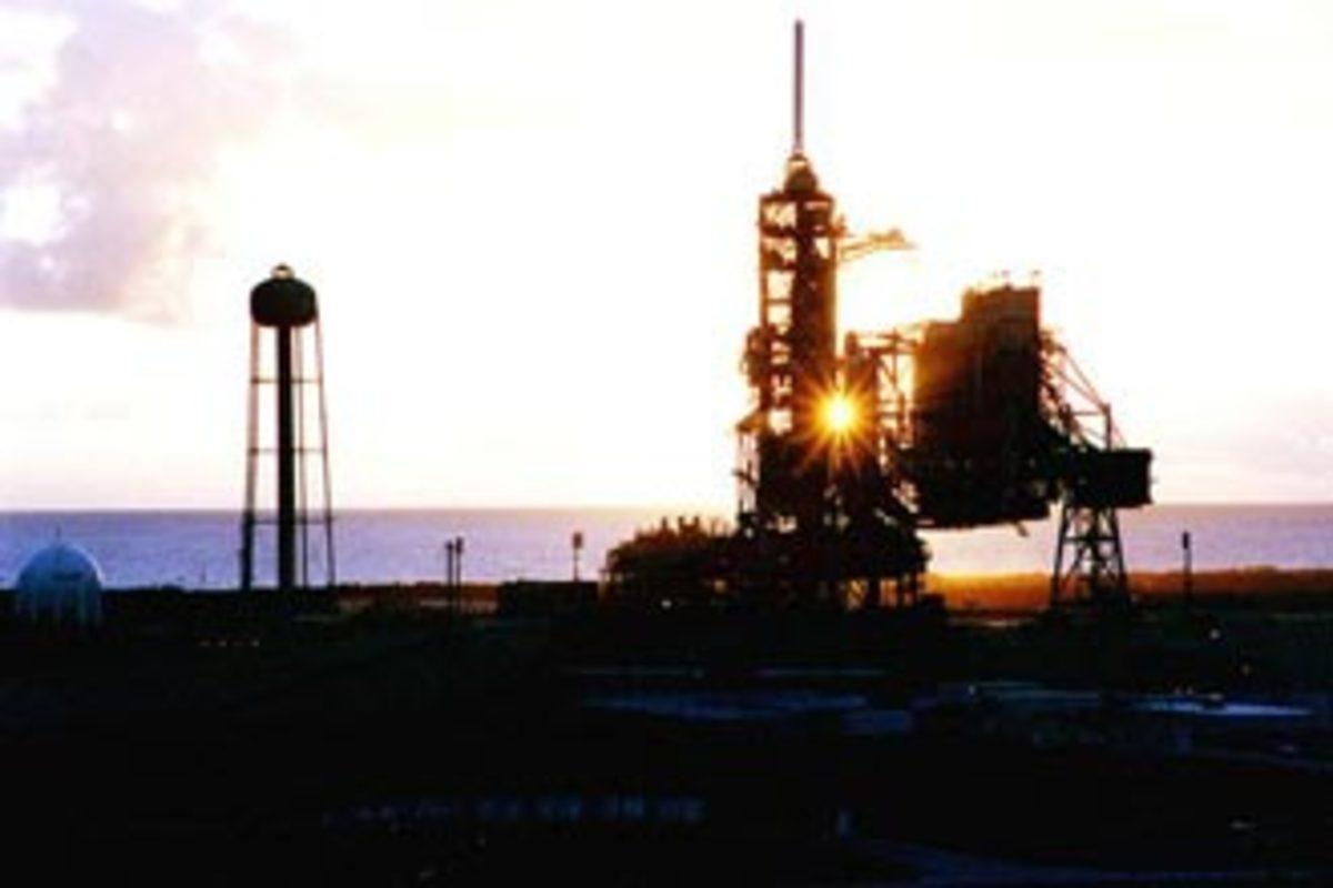 Dawn Space Shuttle launch