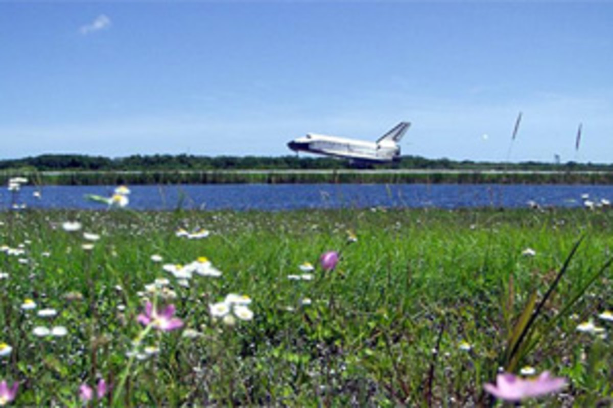 View a Space Shuttle Landing