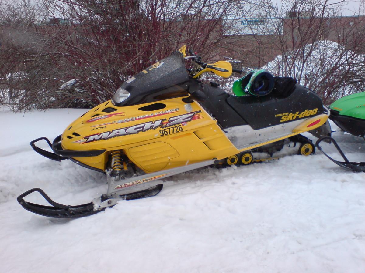 2001 Skidoo Mach Z 800 Triple