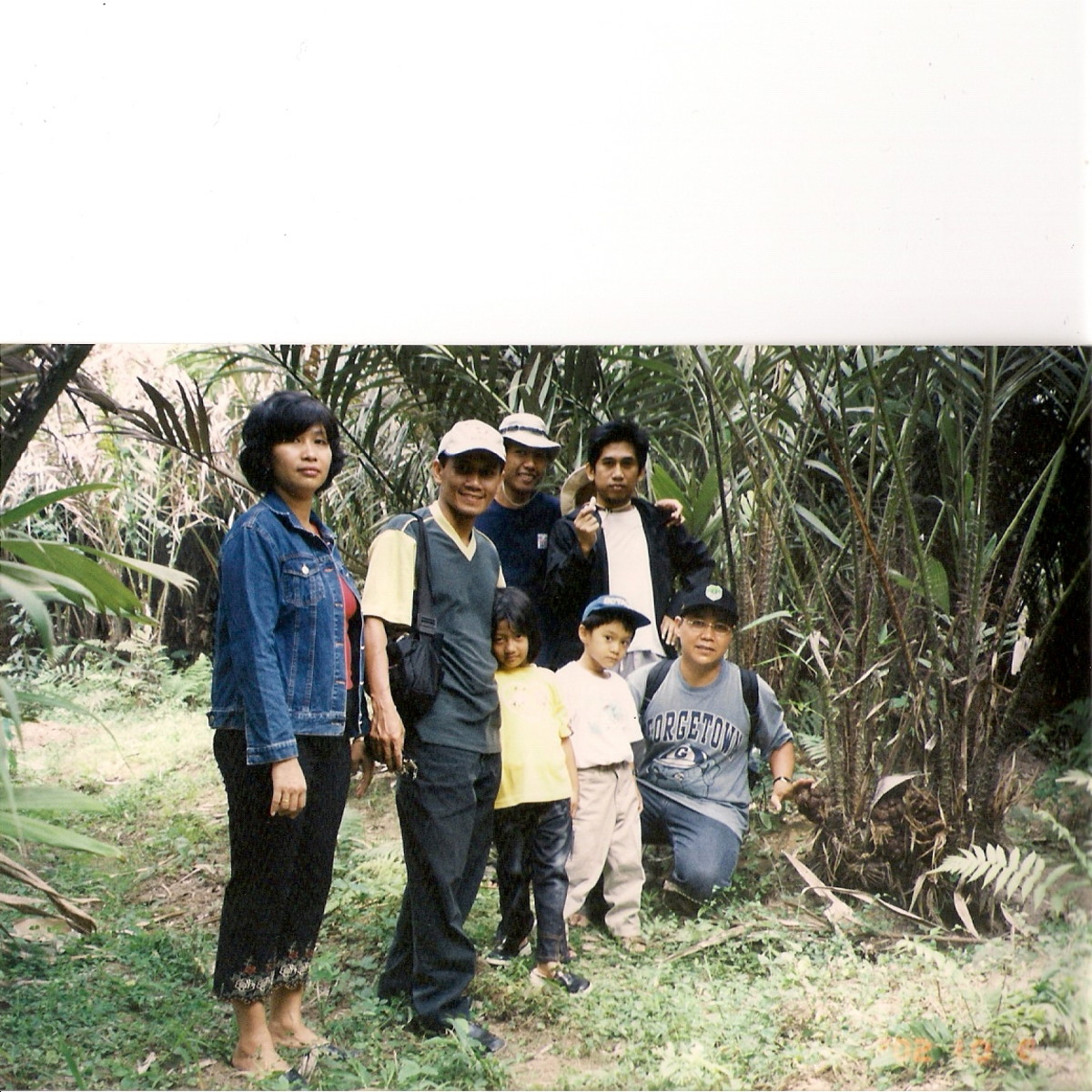 Here we had our picture taken while taking a rest  at a Salak Pondoh plantation in Yogjakarta.