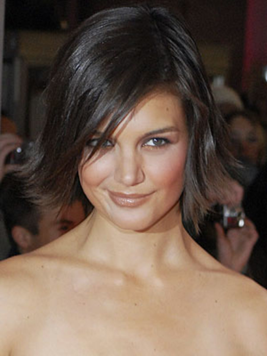 katie holmes medium haircuts for heart shaped faces