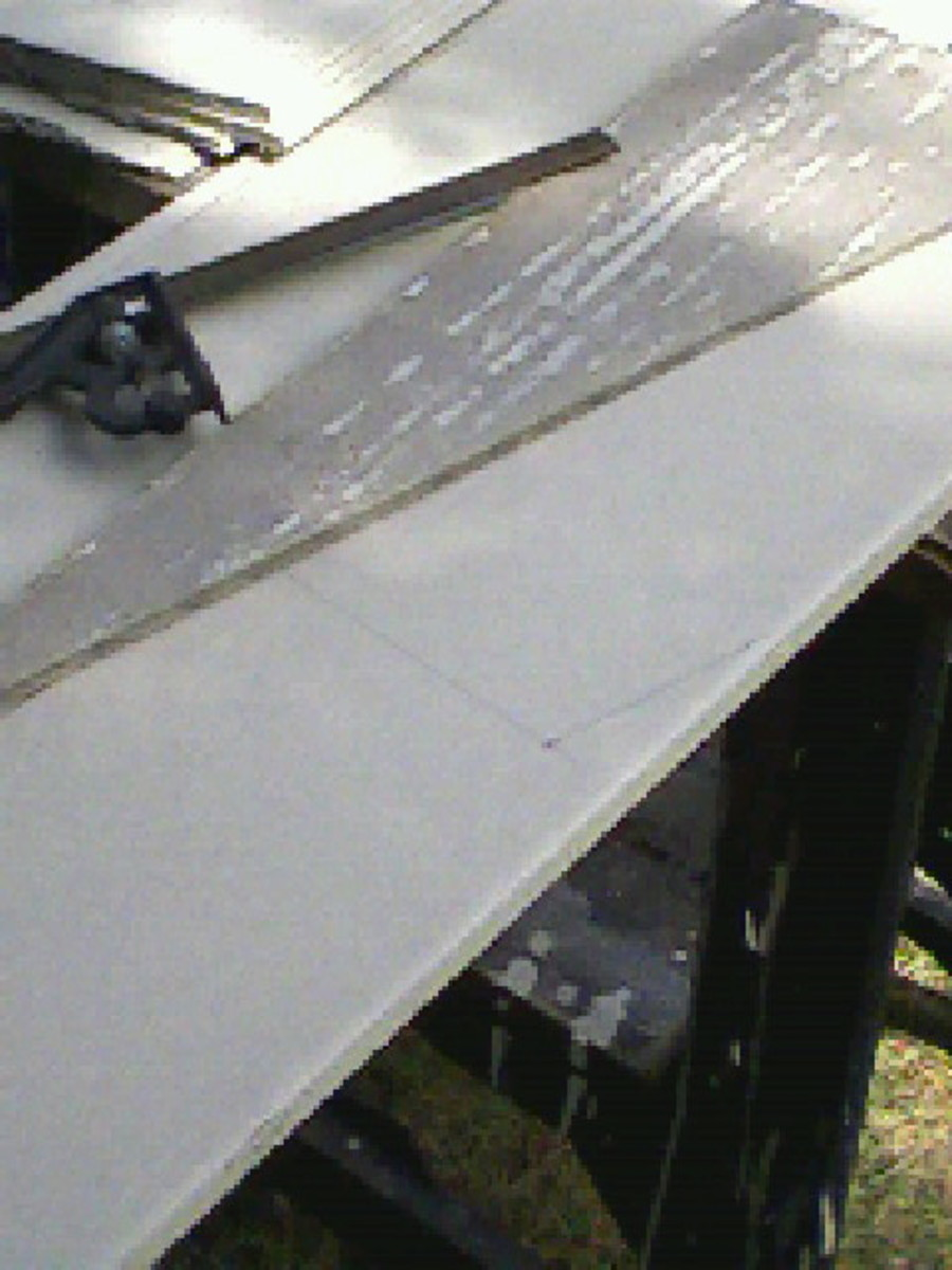 Marking a small angle using a waste piece, previously cut, as a template.