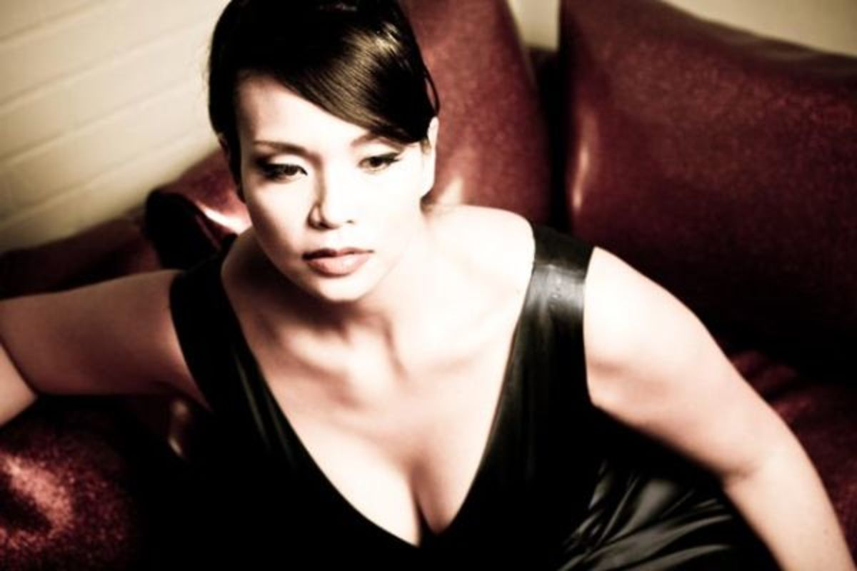 Maggie Brown - Beautiful Plus Size Models