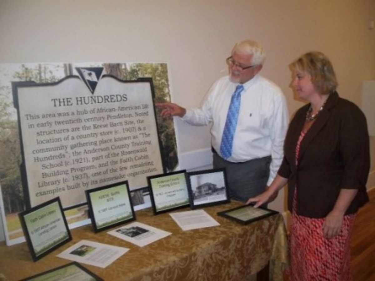 The Mayor and Amber viewing The Hundreds Display
