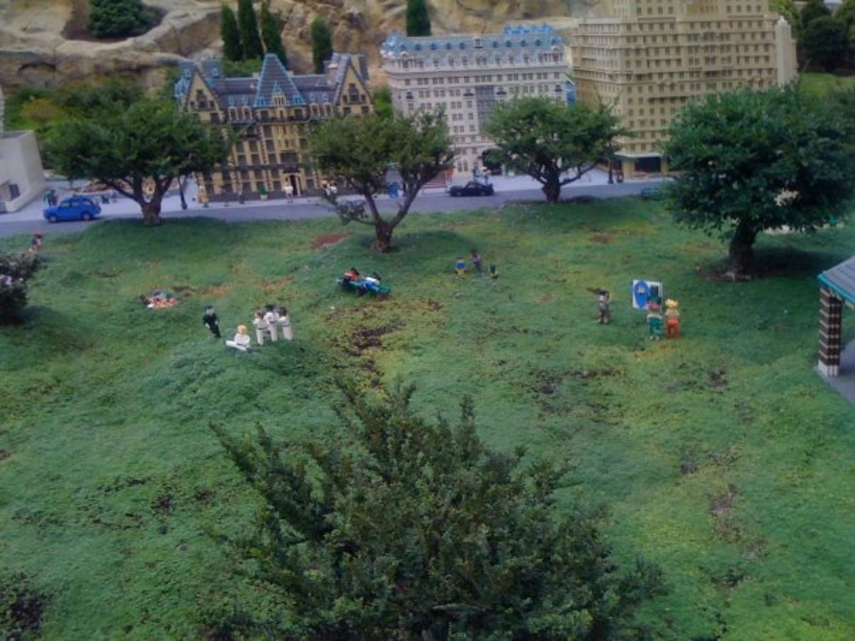 It is also too bad you can't stay at this scale Lego model of New York's Plaza Hotel (the center building), right next to a mini Central Park!