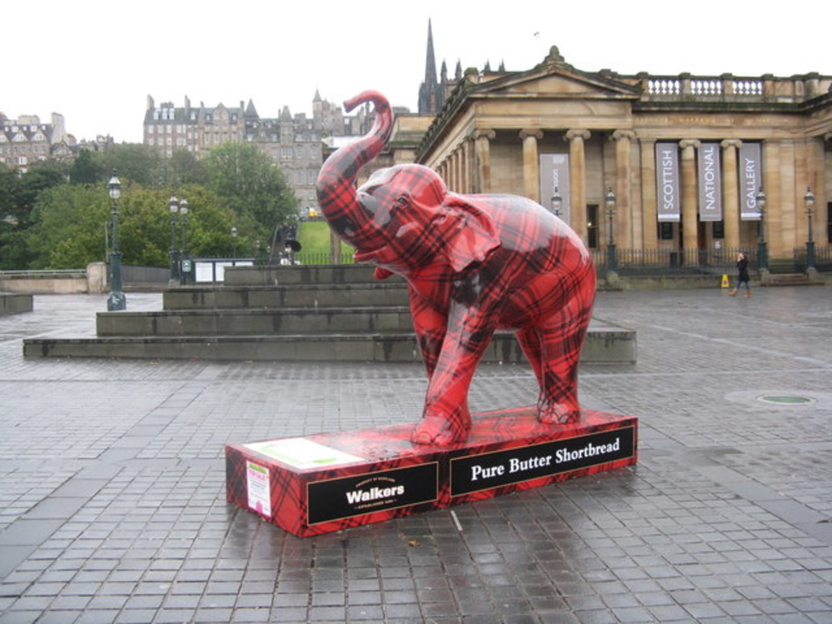 Tartan Elephant at the Scottish National Gallery