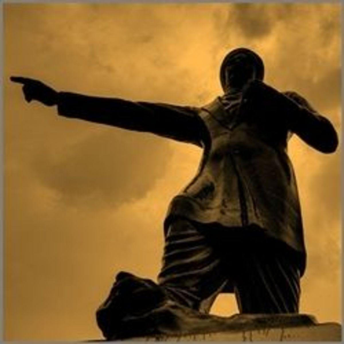 Bharathi Statue