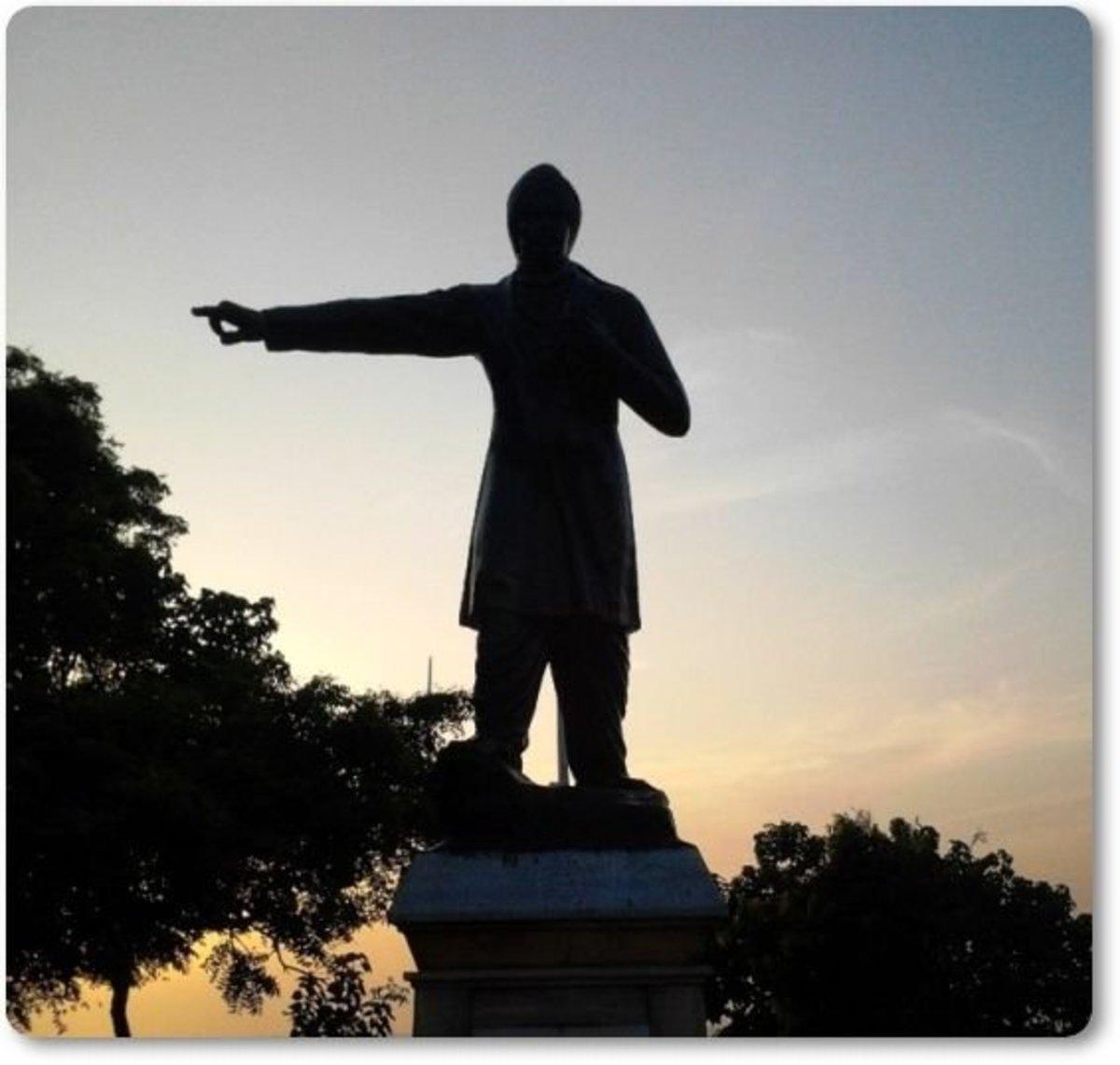Subramaniya Bharathiar Statue