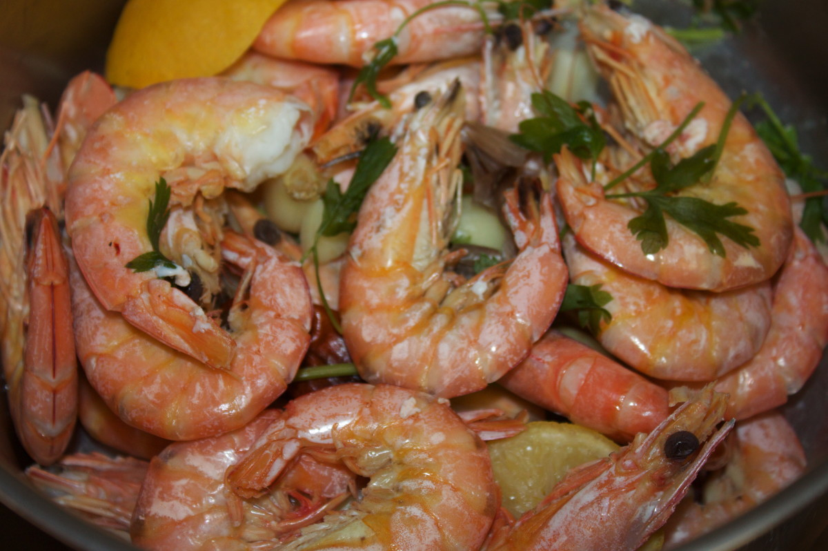 Salt Prawns With Lemon