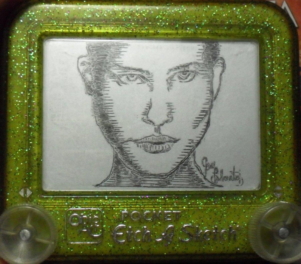 http://pikajane.deviantart.com/art/Natalie-Portman-V-For-Vendetta-191313289