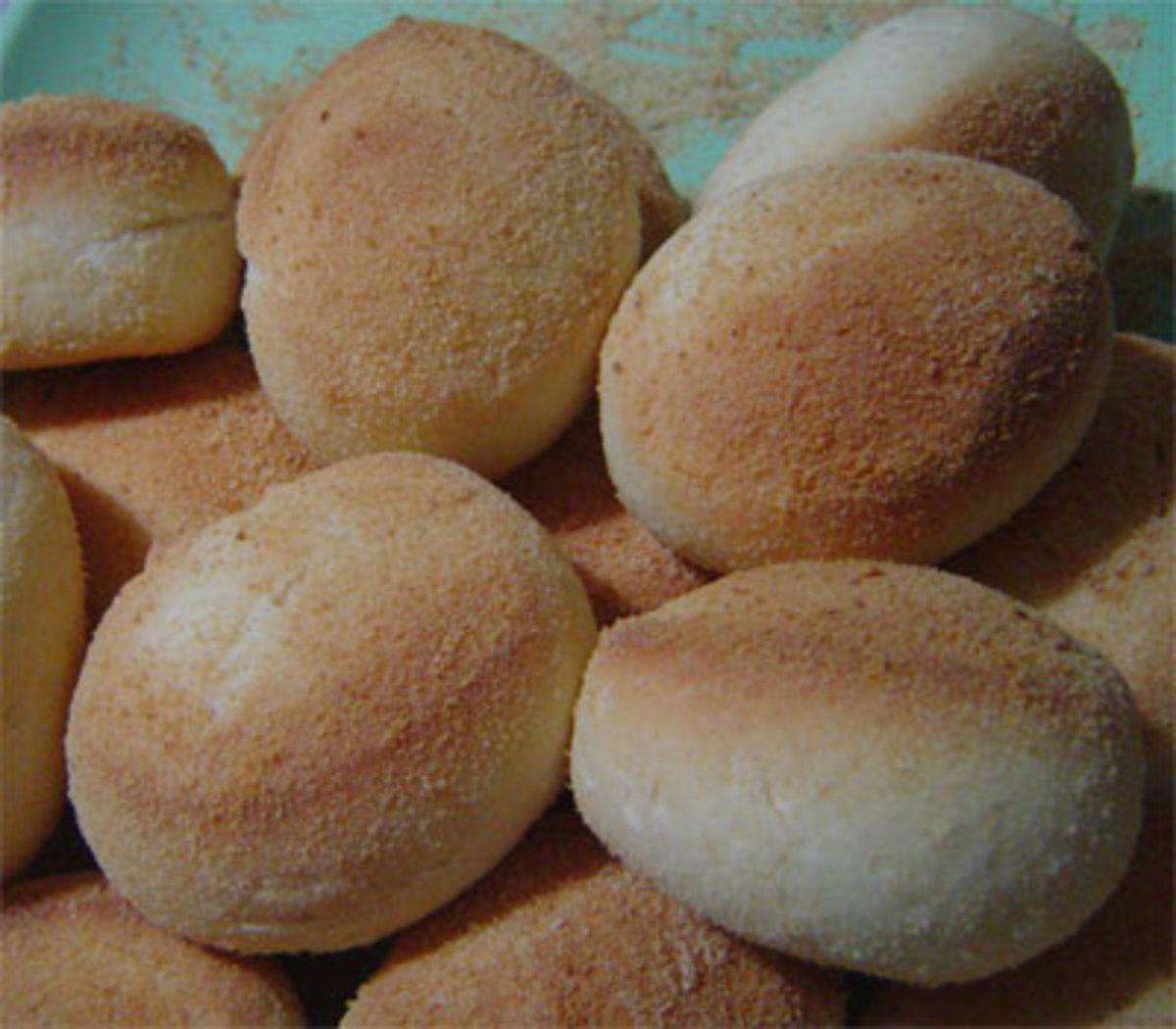 pandesal, flour dough bread -- basic Filipino bread