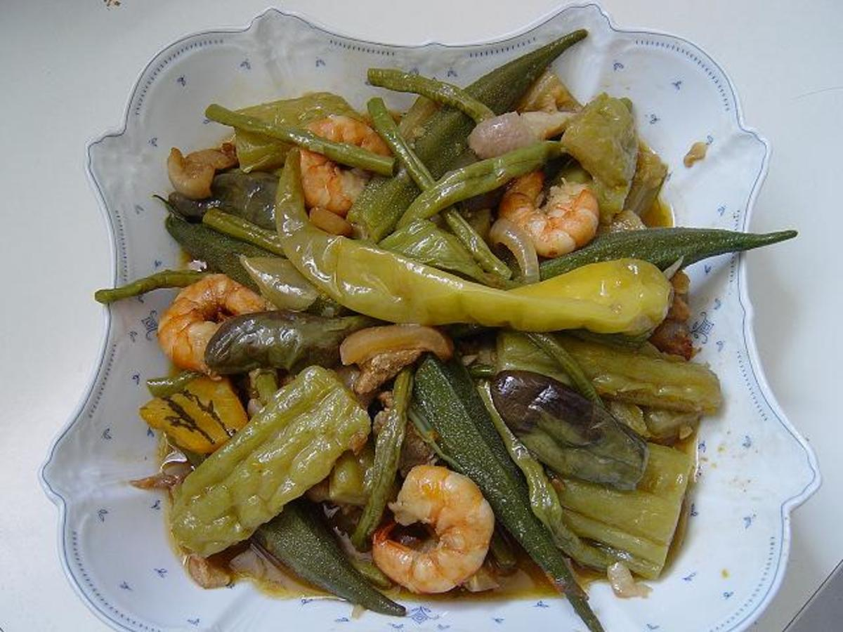 Pinakbet mixed vegetables with shrimp and with bagoong fish sauce