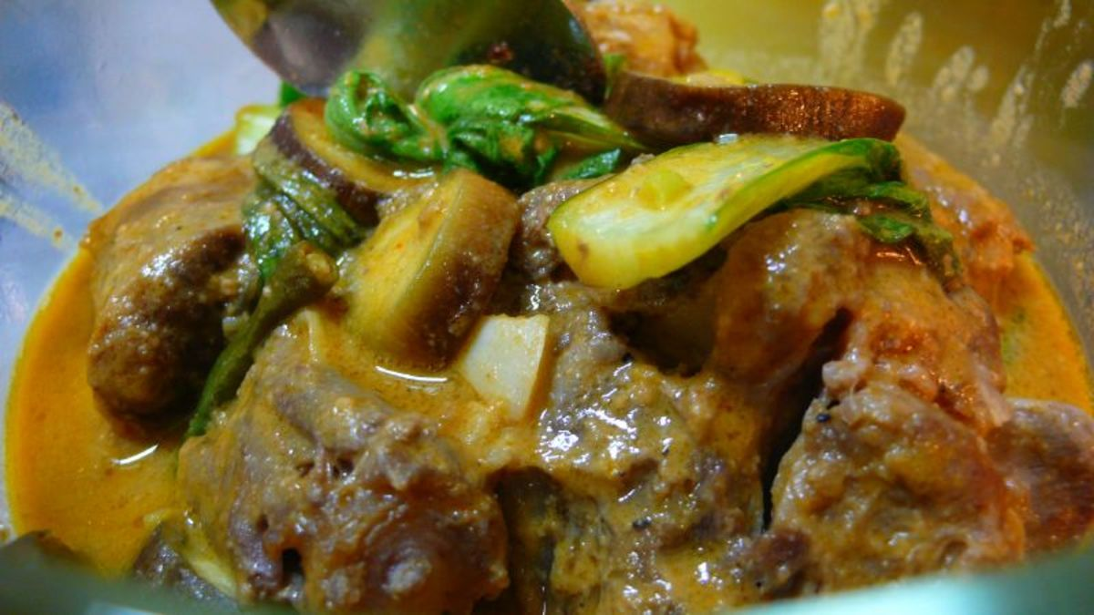 Kare kare (famous among the Kapampangans)