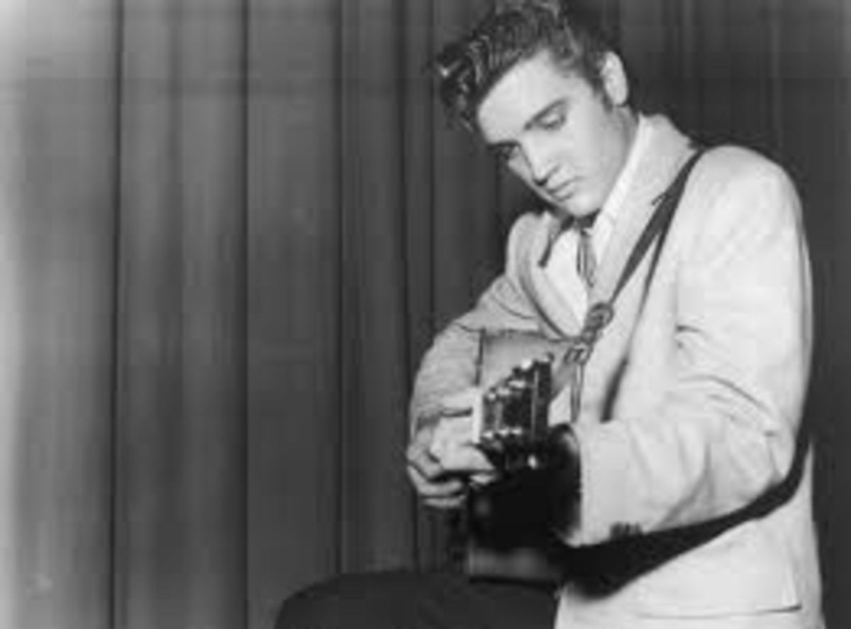 Elvis Aaron Presley The King of Rock and Roll