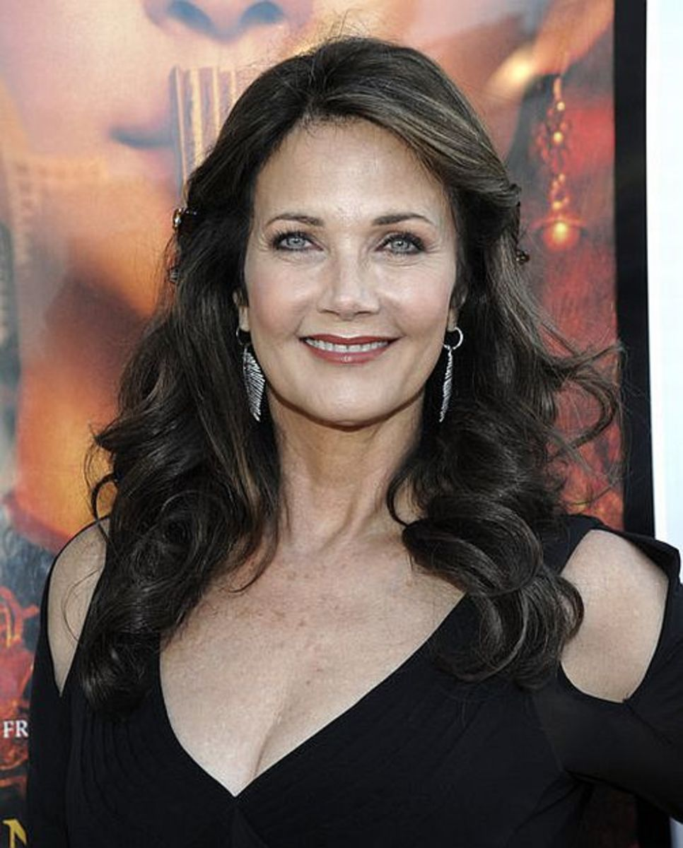 Lynda Carter - Beautiful Women Over 40