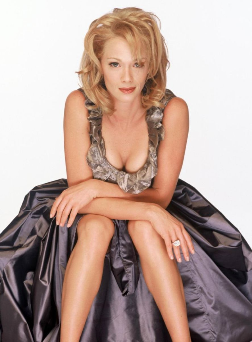 Lauren Holly - Beautiful Women Over 40