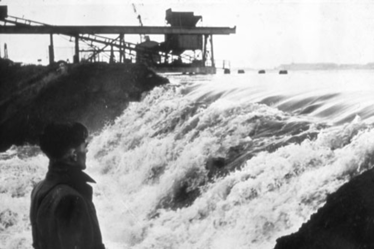 Flood waters rushing in The Netherlands 1953 flood.