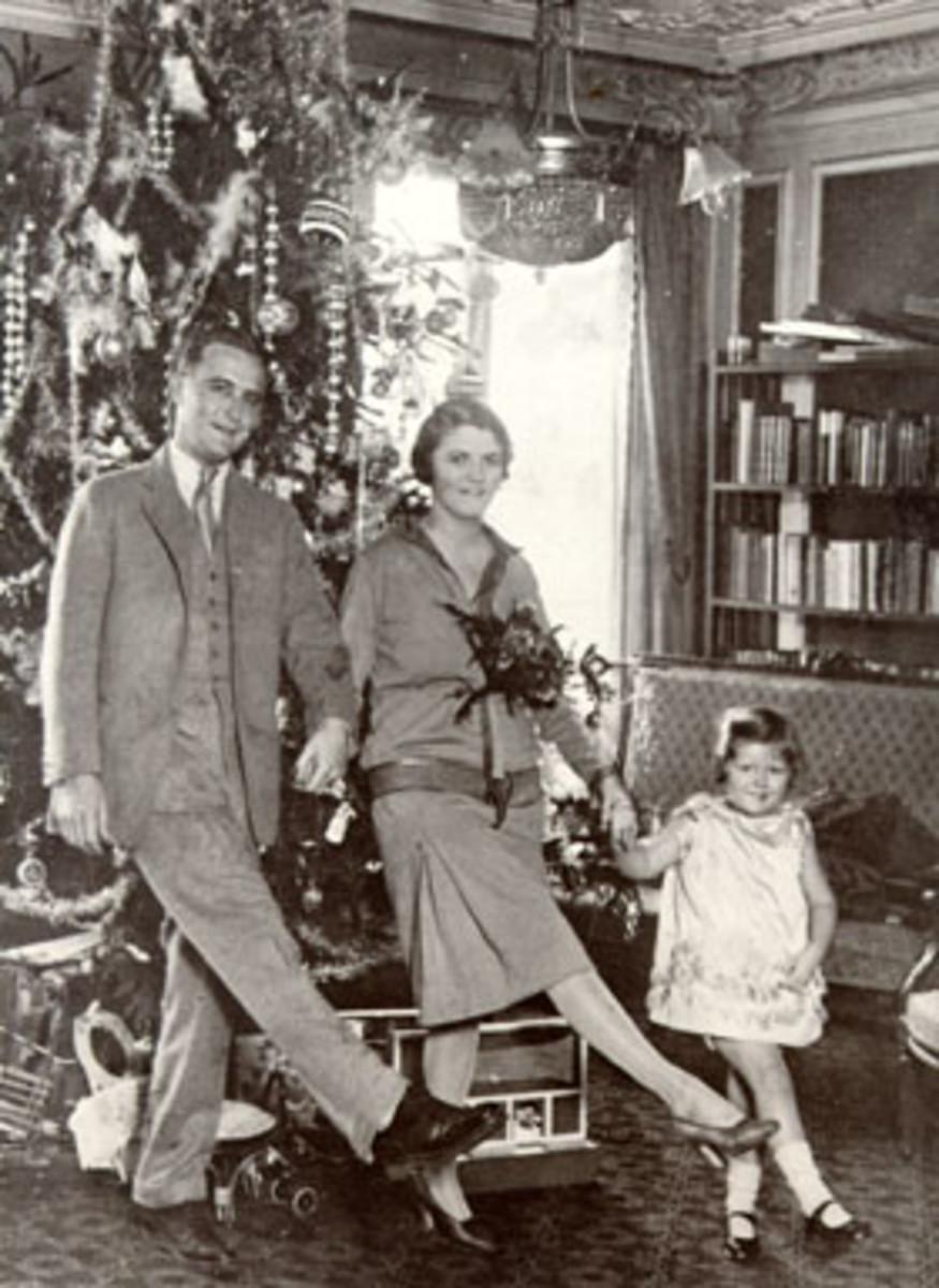 """Scott, Zelda and daughter """"Scottie"""""""