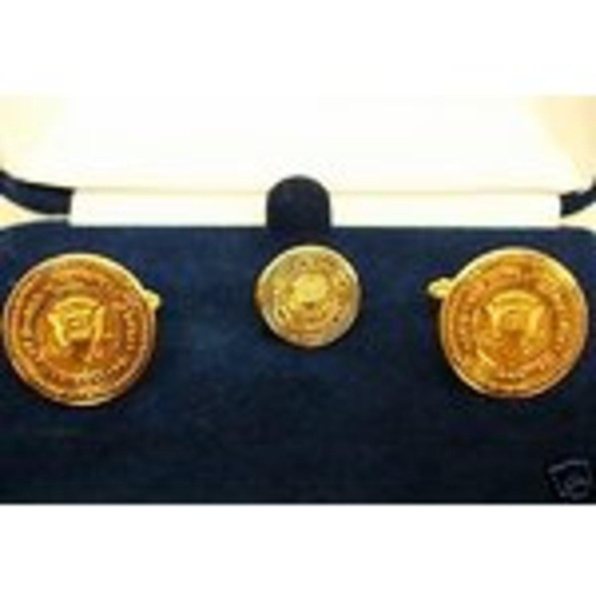 John F Kennedy Replica cuff link set in gold tone