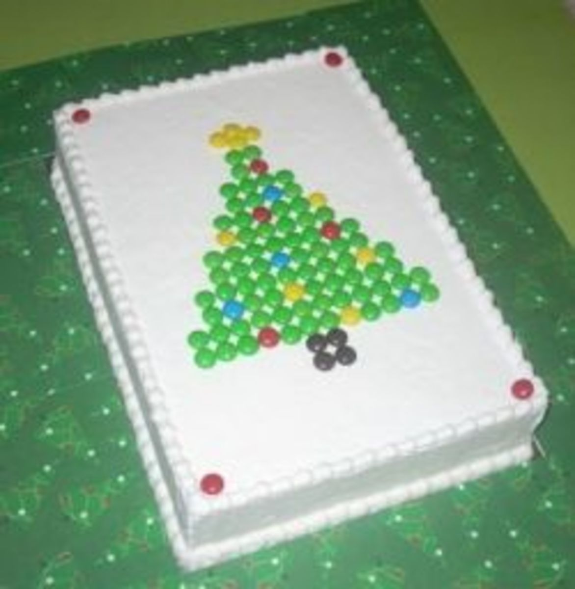 M&M Christmas Cakes and Patterns