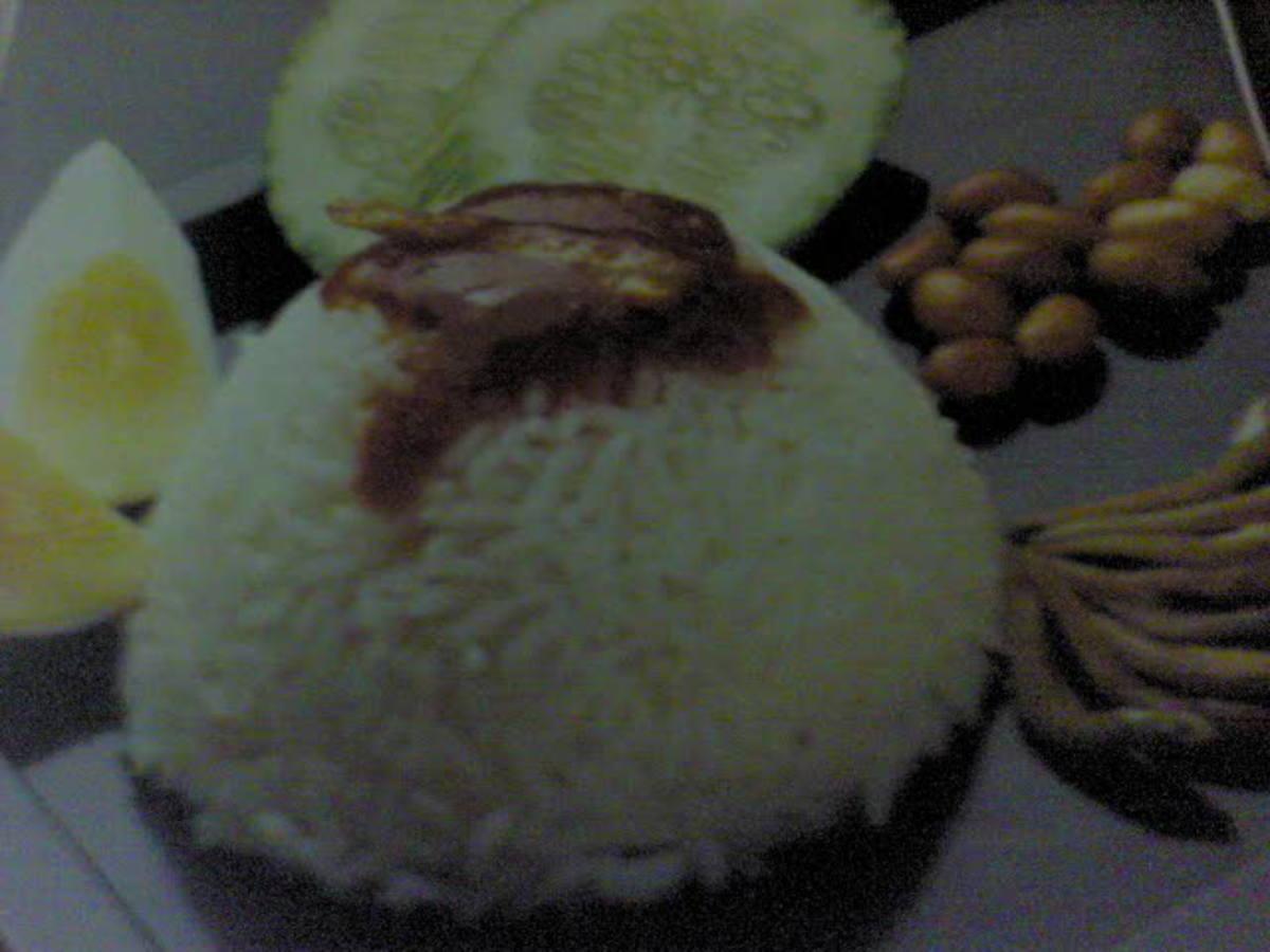 Malaysia Traditional Dish:  Nasi Lemak ( Coconut Milk Rice)