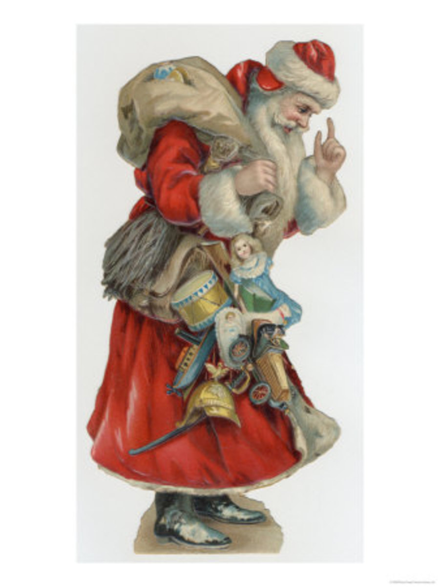 Old World Vintage Santa Decorations
