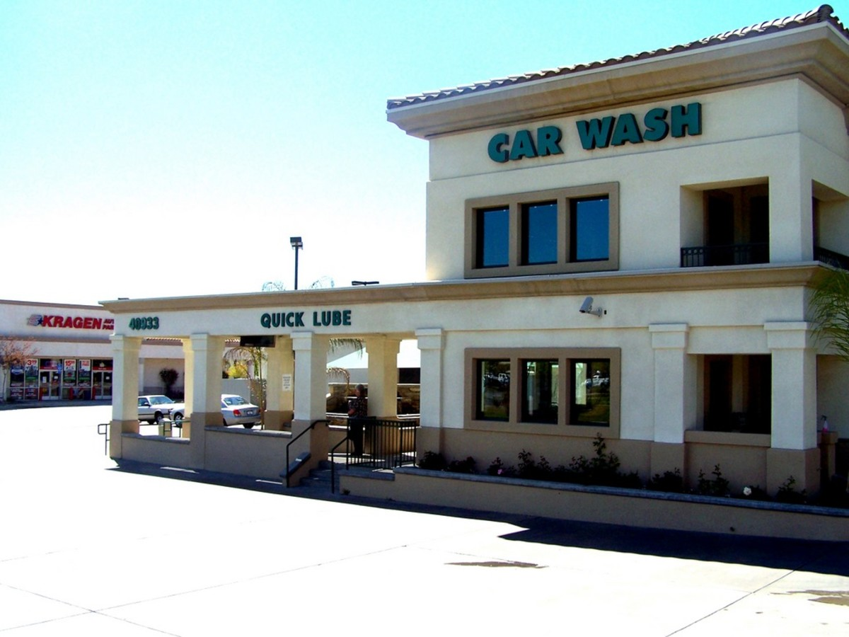 One of the full service car washes available in Murrieta.