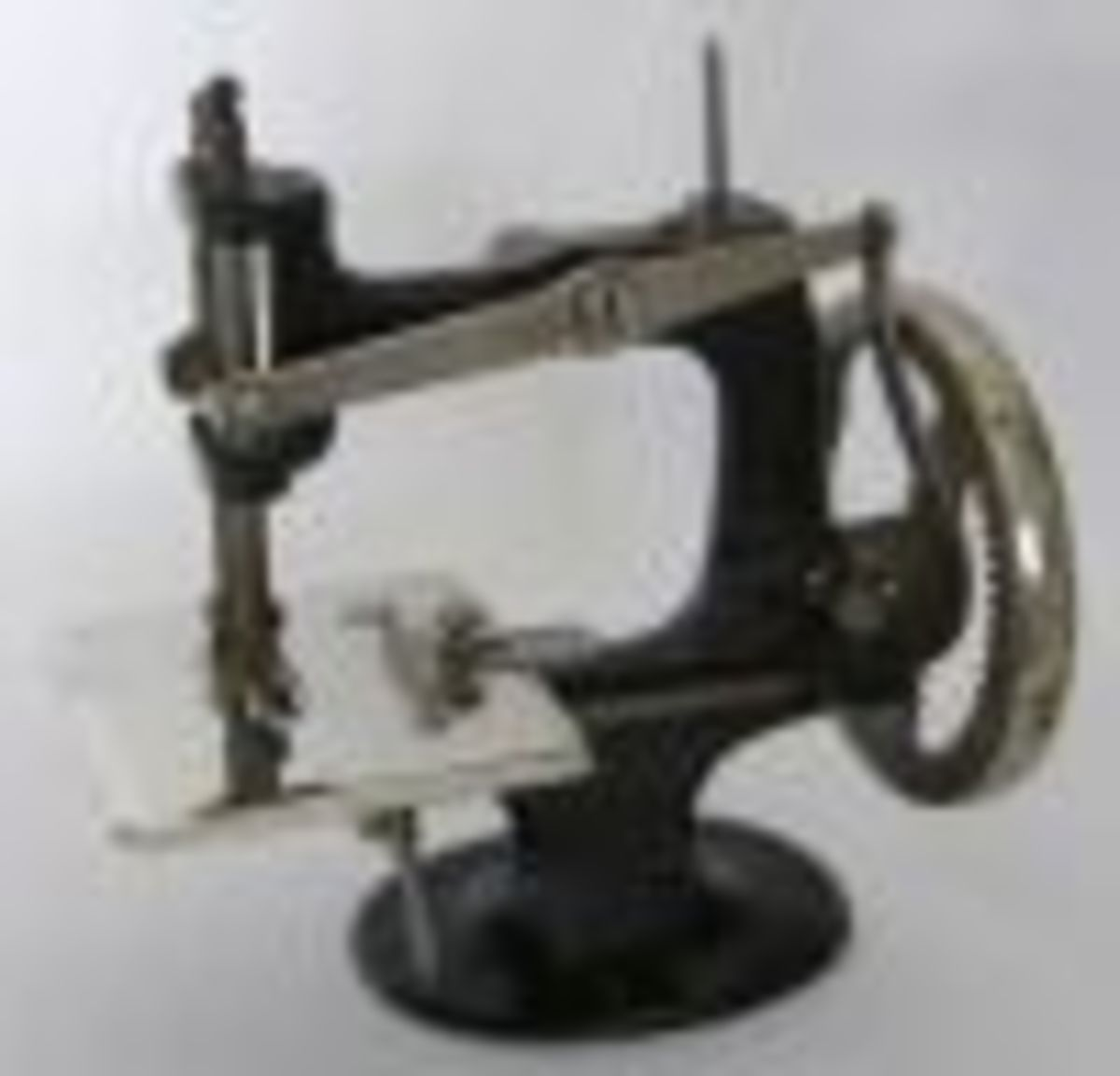 what-to-look-for-when-buying-that-first-sewing-machine