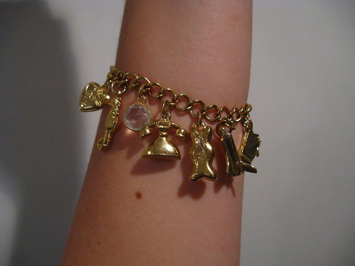 How to Make Your Own Charm Bracelet