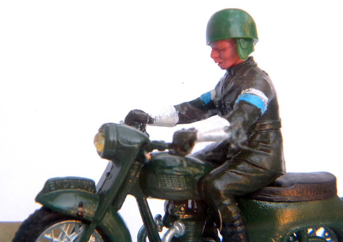 Britains Dispatch Rider #9698