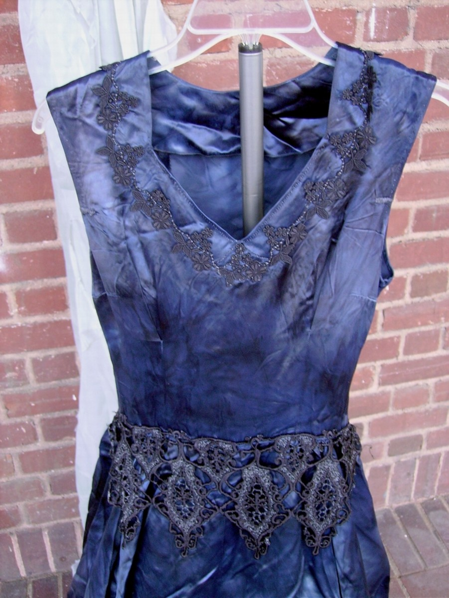 This is the bodice which shows the vintage lace that I added at the neckline and waist.