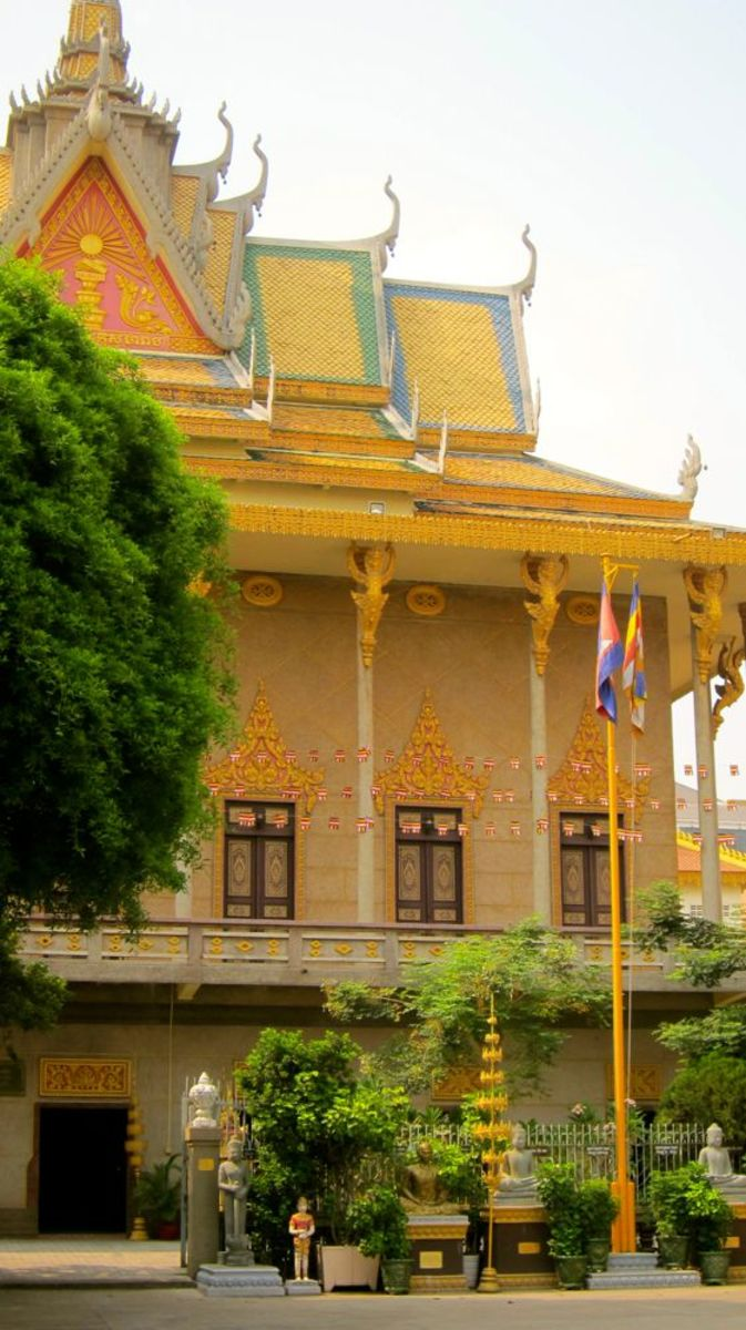 Wat Lanka Decorated for Khmer New Year