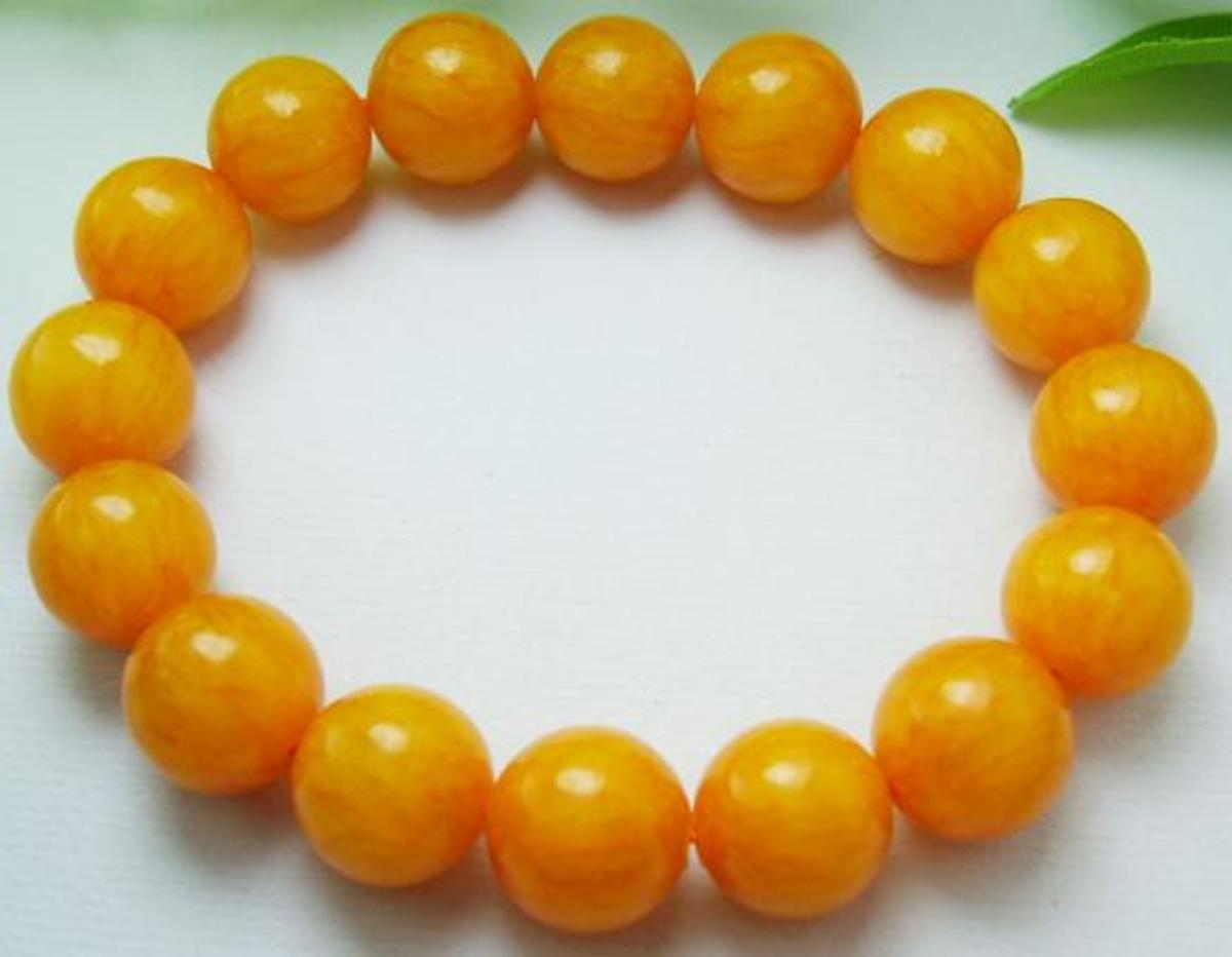 Yellow Jade Beaded Bracelet. Not sure if it's real