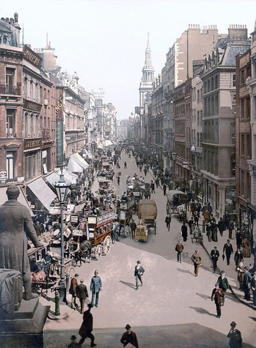 A Rare Color Photograph of a London Street in 1900