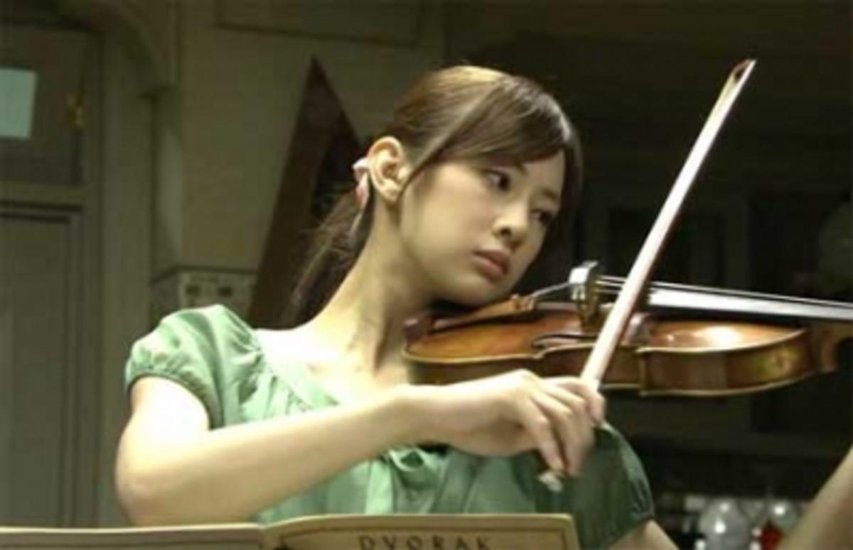 "Keiko as aspiring violinist ""Riko Shirakawa"" in Buzzer Beat (2009)"