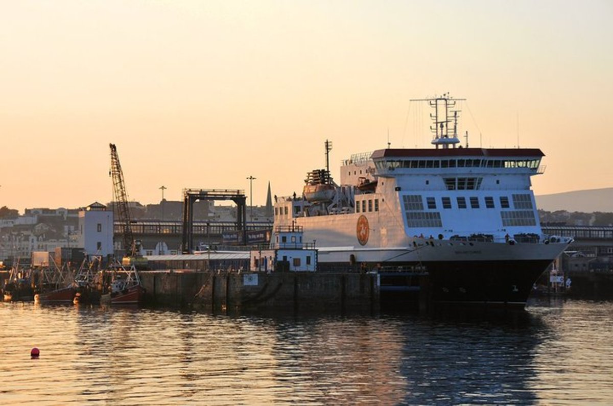 F5 - Perfect metering for this evening shot of the ferry 'Ben-My-Chree' preparing to leave Douglas harbour on the Isle of Man -  David Lloyd-Jones - Copyright 2010