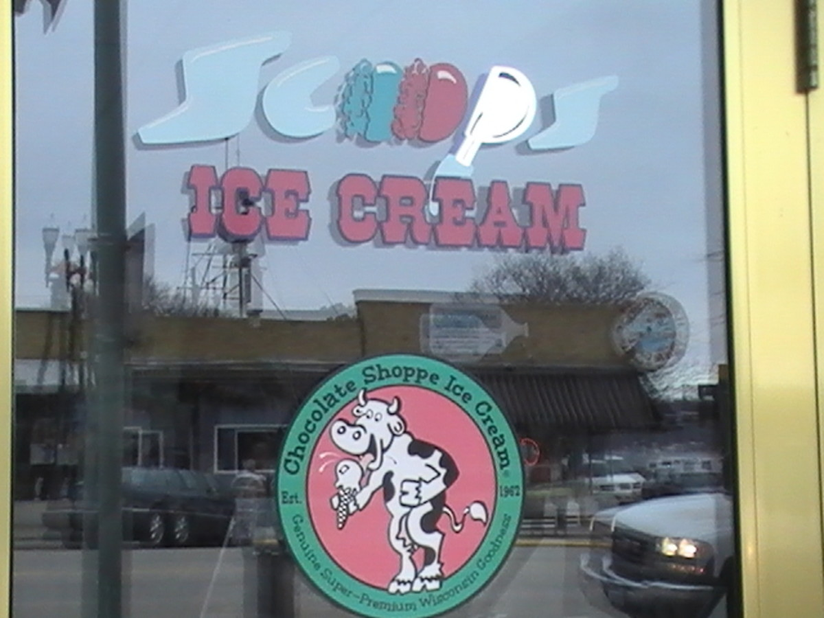 ice cream window sign Lake Geneva Wisconsin