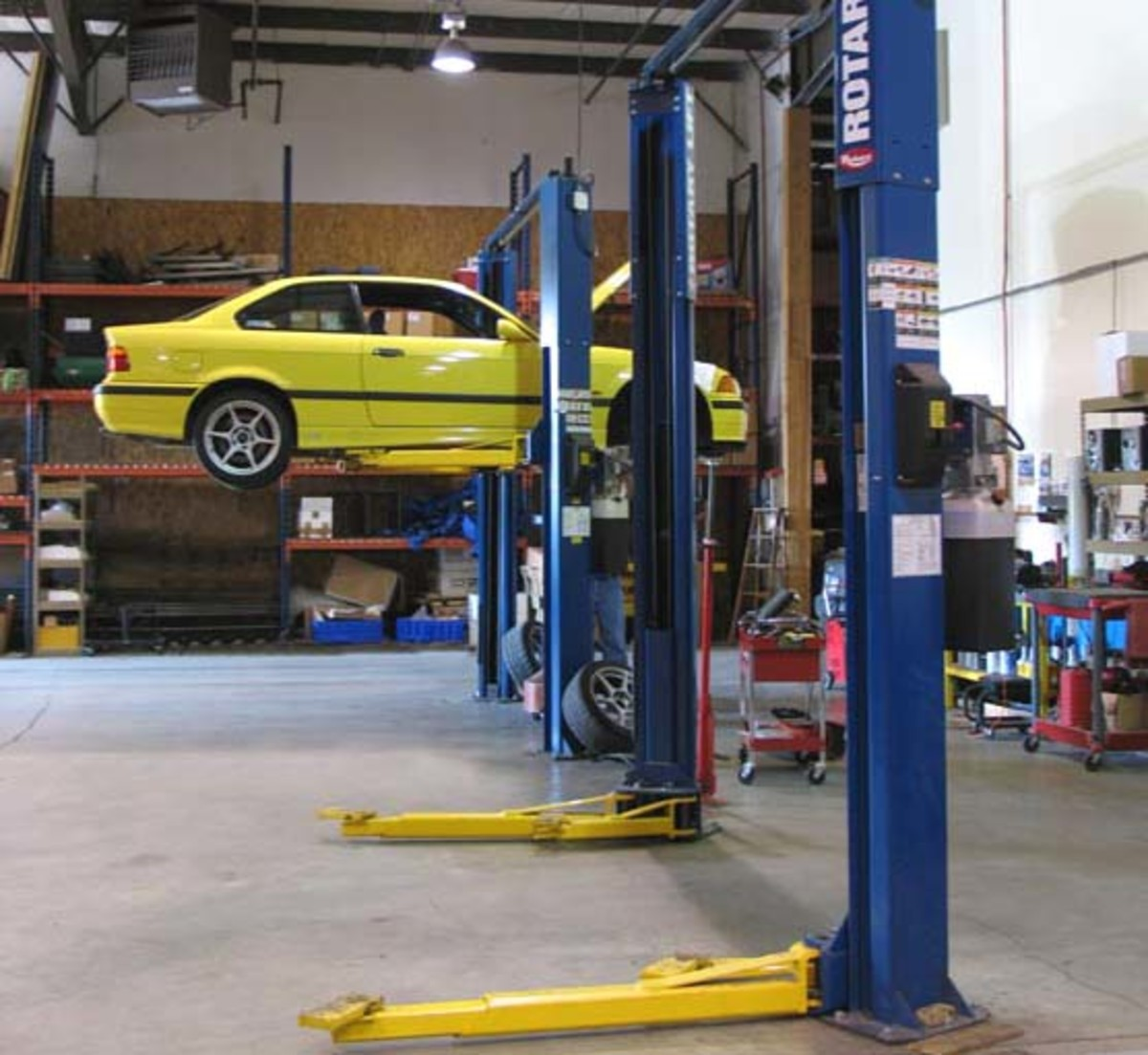 Nice Clean Professional Shop with Plenty of New Automobile Repair Lifts