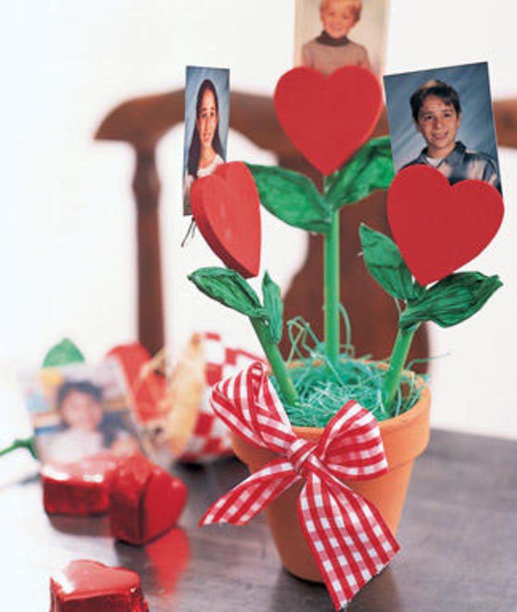 Heart Flower Photo Holder